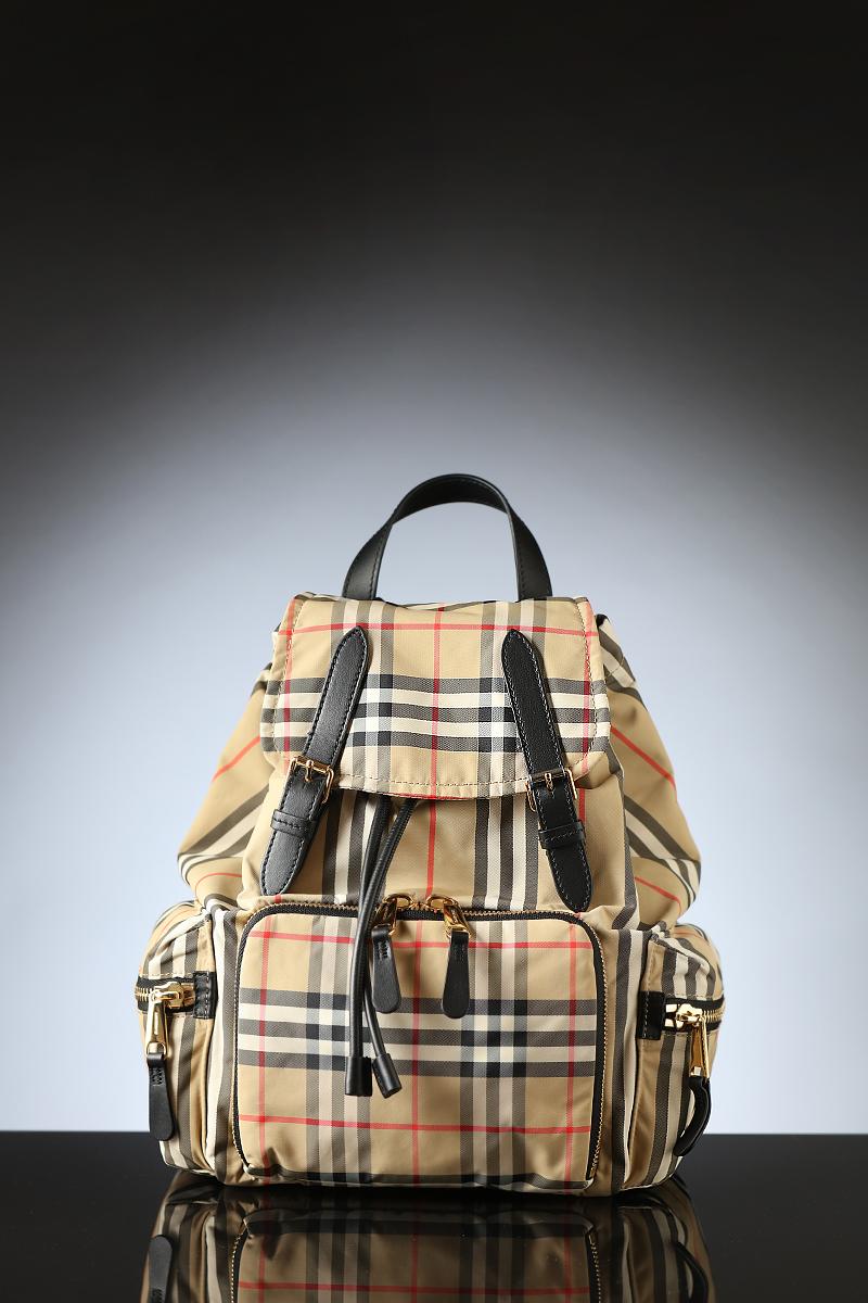 博柏利(Burberry)男士包袋
