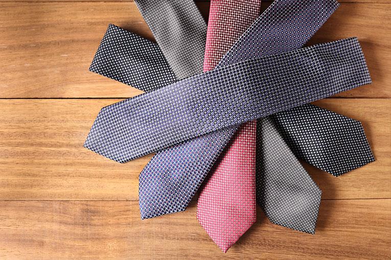 布里奥尼(Brioni)领带