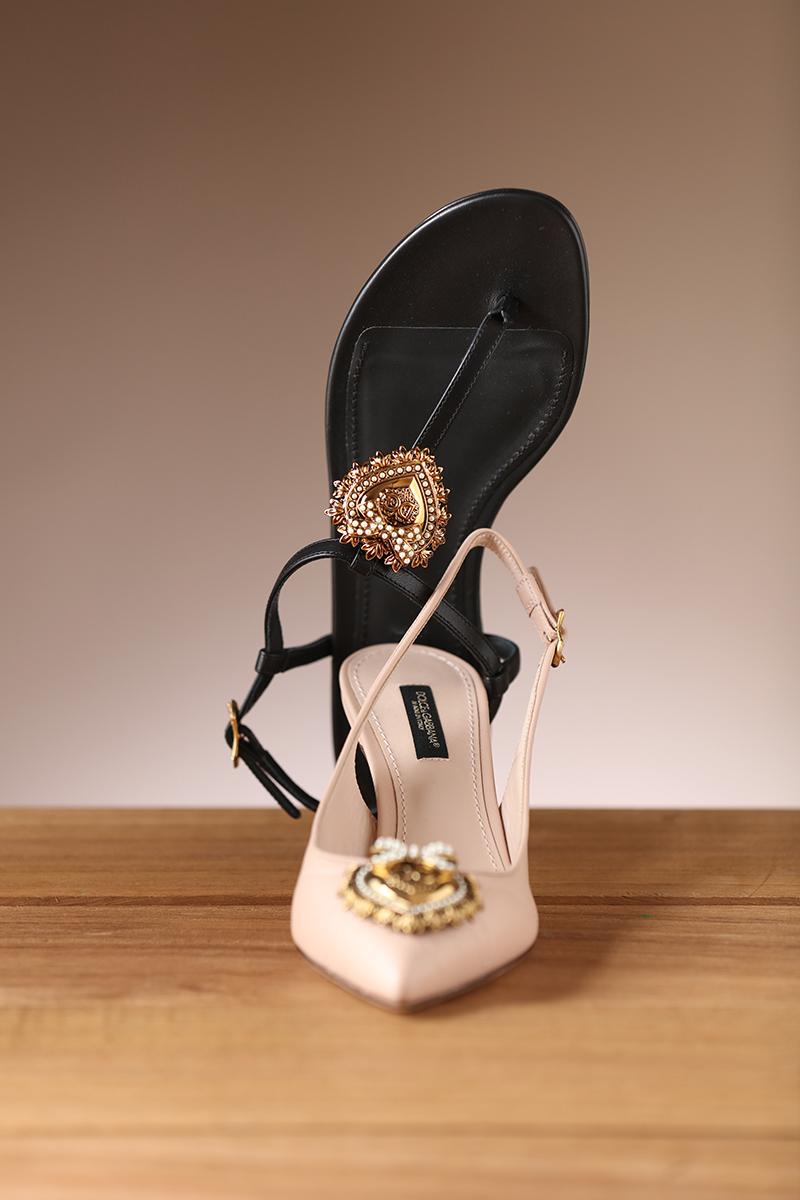 杜嘉班纳(Dolce & Gabbana)女鞋