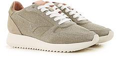 Mizuno Shoes for Women