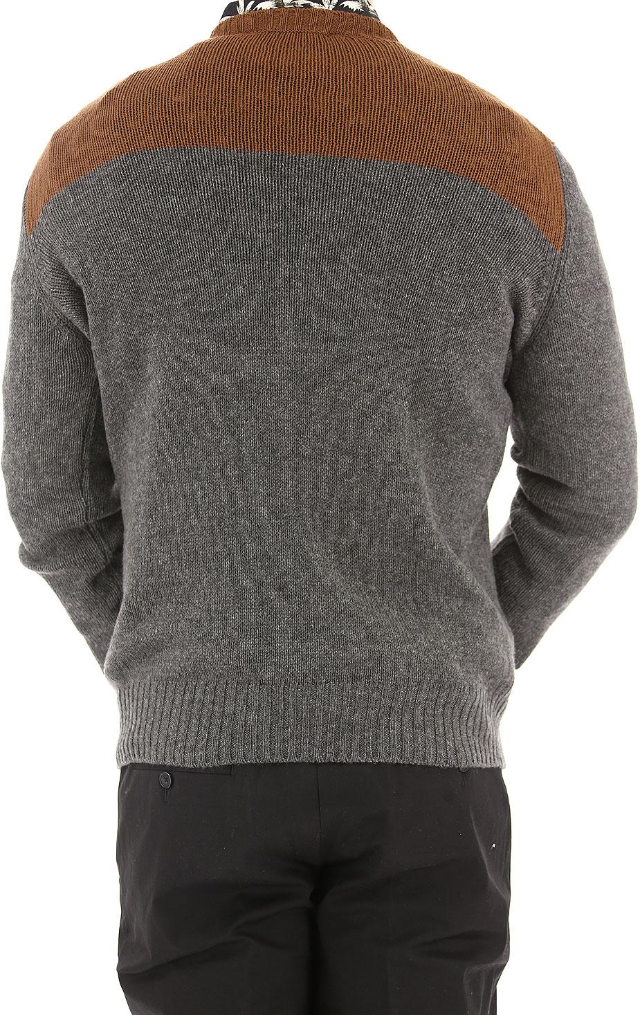 Abbigliamento Uomo Prada, Codice Articolo: uma262-1e7l-f0rds