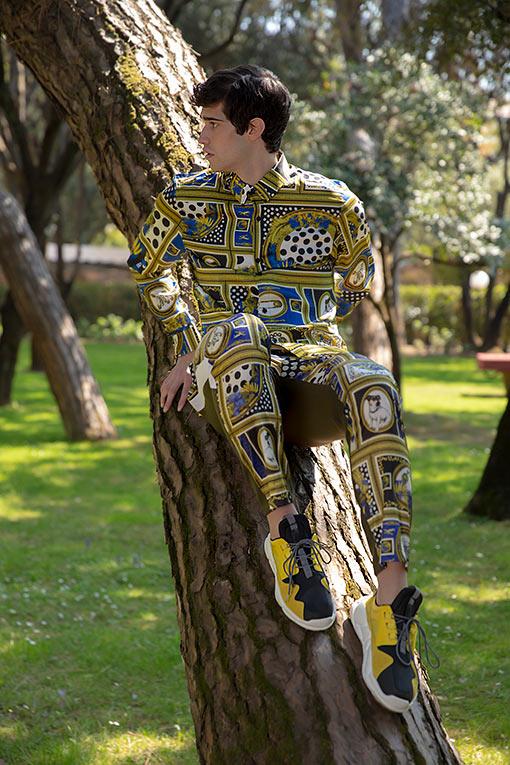 Roupas Versace